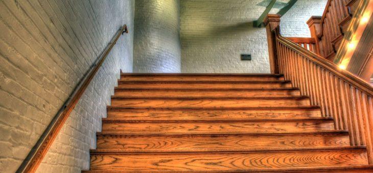 Jakie schody drewniane wybrać?